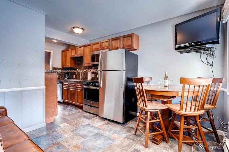 Park Meadows Lodge 2C by Ski Country Resorts - Image 1 - Breckenridge - rentals