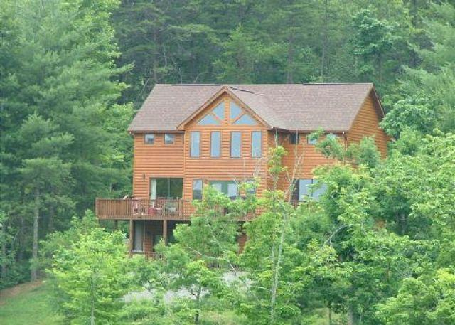 Exterior View - Enjoy the sunrise from the deck or patio of the cabin - Mineral Bluff - rentals