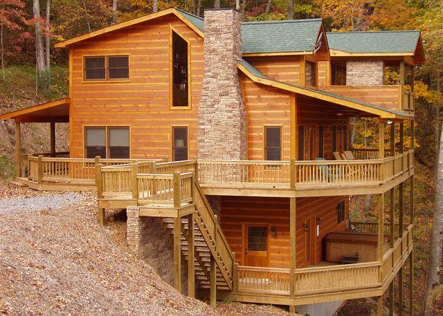 HIGH CAMP - ASKA ADVENTURE AREA, MOUNTAIN VIEW, THERAPY SPA, POOL TABLE WI FI - Blue Ridge - rentals