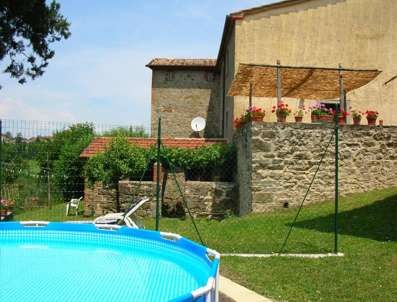 Casa Tersalle pool, garden and terrace - Casa Tersalle Lippiano, Citta' di Castello, Umbria - Citta di Castello - rentals