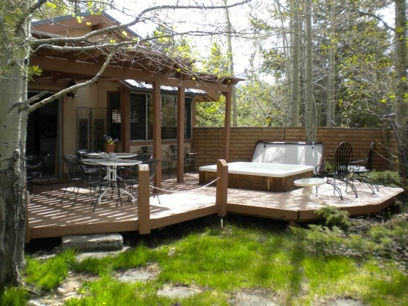 528 Tahoe Keys Home with Hot Tub - Image 1 - South Lake Tahoe - rentals
