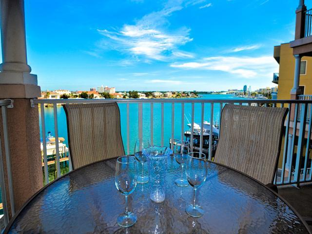 Perfect vacation setting at Harborview Grande - Harborview Grande 406 Waterfront 3 bedroom, 2 bath Condo | New Pictures! - Clearwater Beach - rentals