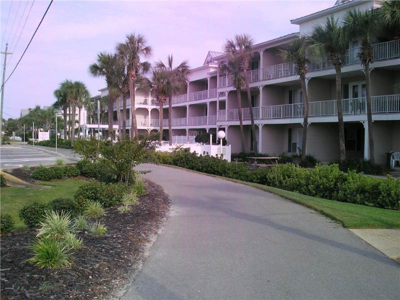 Grand Caribbean West #105 - Image 1 - Destin - rentals