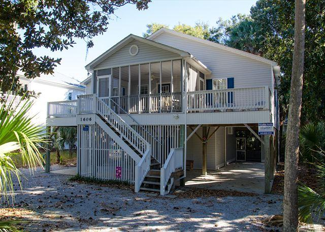 Harmony Shores - 4BR/2.5BA, Beach Walk, Screened Porch - Image 1 - Edisto Island - rentals