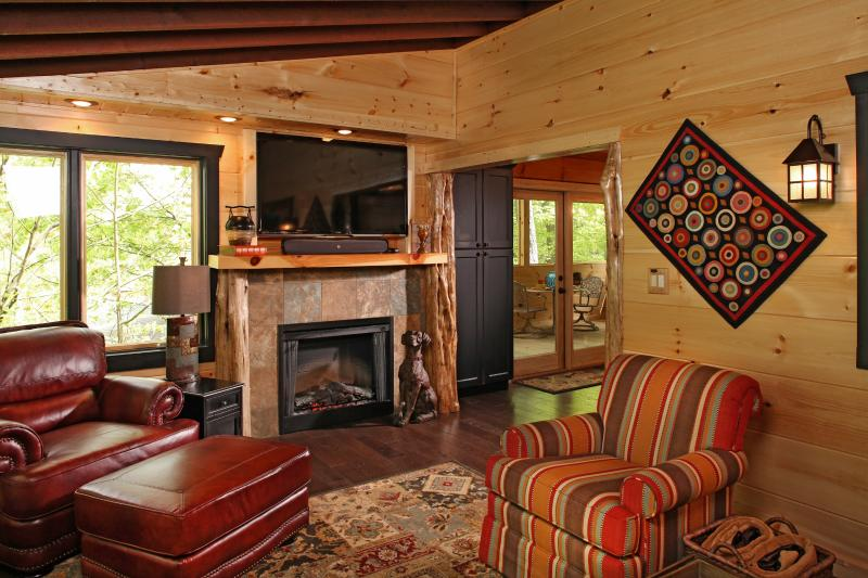 Perfect for that Special Mountain Getaway - Unforgettable-Luxury 1 BR Home for Couples Only - Pigeon Forge - rentals