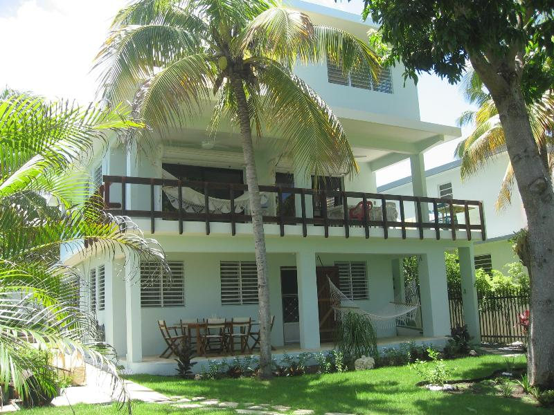 Oceanside - R House on Steps Beach/ Tres Palmas Marine Reserve - Rincon - rentals