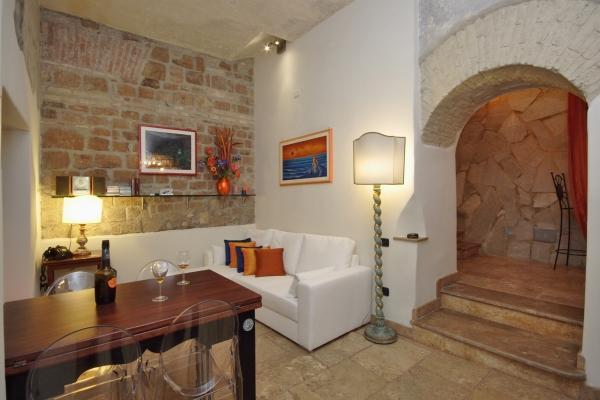 CR373 - Old Roma Loft - Image 1 - Rome - rentals