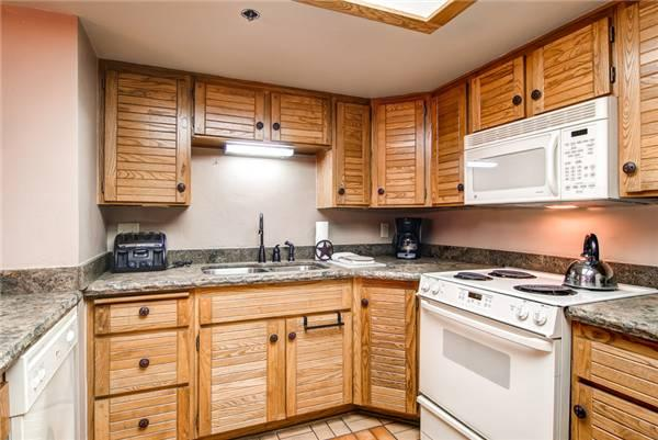 PARK STATION 229 (3 BR) Near Town Lift! - Image 1 - Park City - rentals