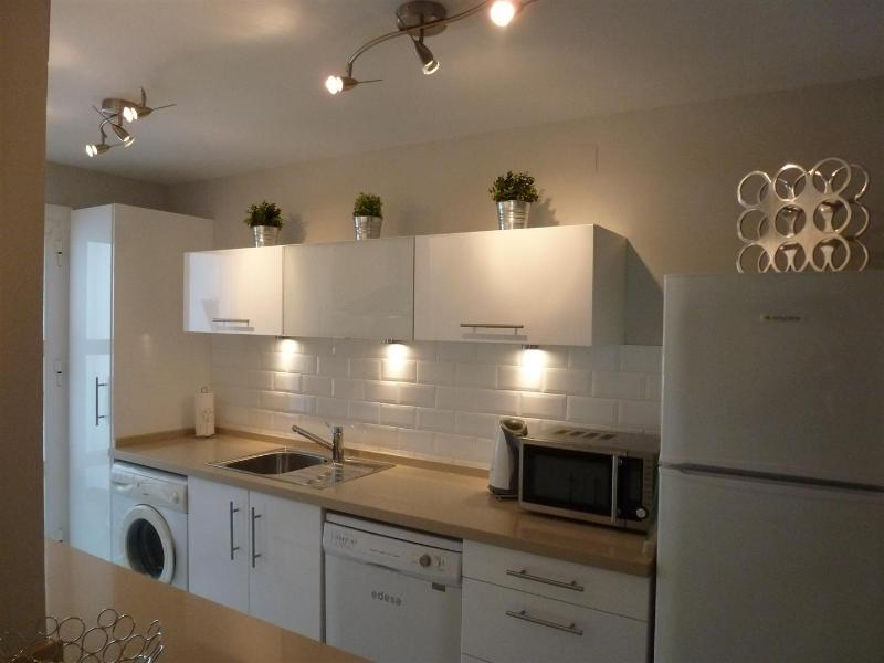 Kitchen - Luxury apartment  in Conil - Sea views all rooms - Conil de la Frontera - rentals
