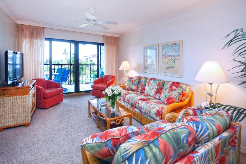 Living room with a view! - Pointe Santo C-36 - MAY 2 - 9 AVAILABLE! - Sanibel Island - rentals