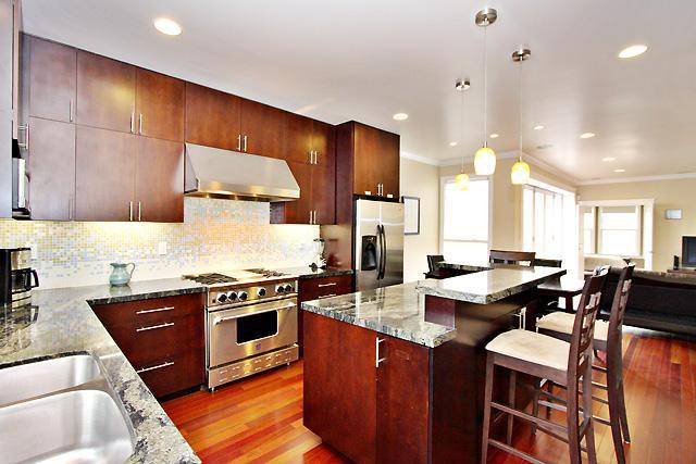 Want an amazing SF Apt? 2br/2bt + Hottub & Deck - Image 1 - San Francisco - rentals
