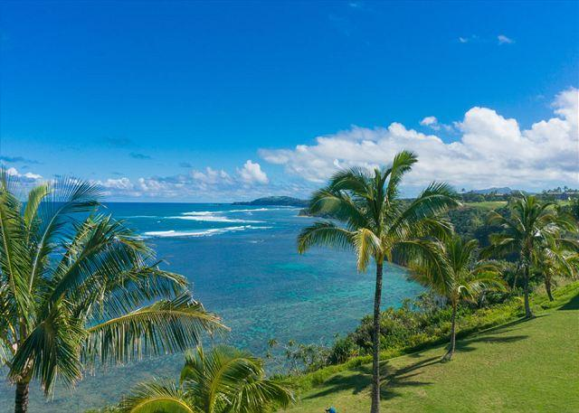 Sealodge E10: Top floor, oceanfront views all the way to the lighthouse - Image 1 - Princeville - rentals