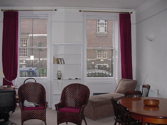 BLOOMSBURY  - 1 bedroom FOR 4 PEOPLE  (263) - Image 1 - London - rentals