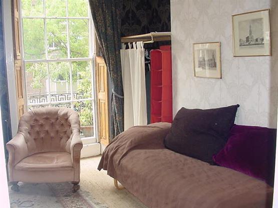 Russell Square, Bloomsbury - Studio (688) - Image 1 - London - rentals