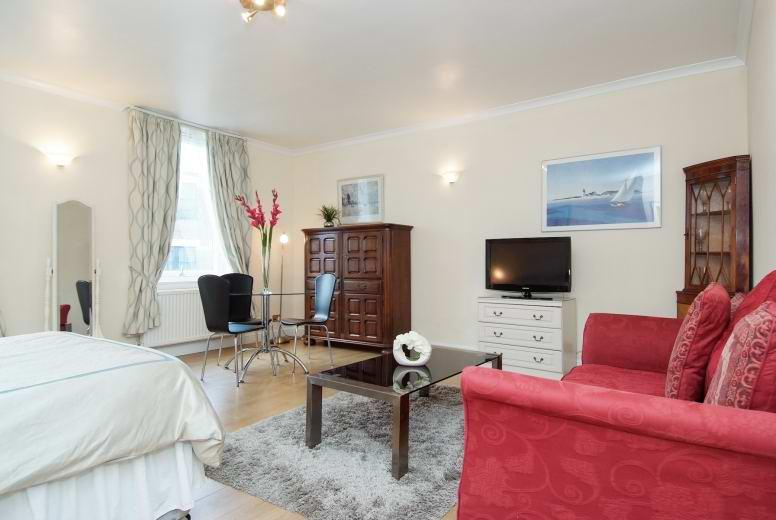 Bedroom%20are - Soho - Penthouse Studio  (1217) - London - rentals