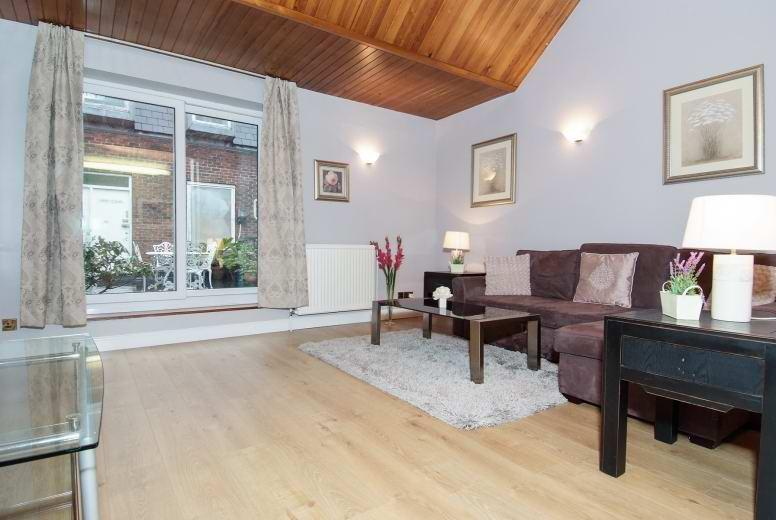 Soho Penthouse 1 Bedroom (3/4 PEOPLE) (2077) - Image 1 - London - rentals