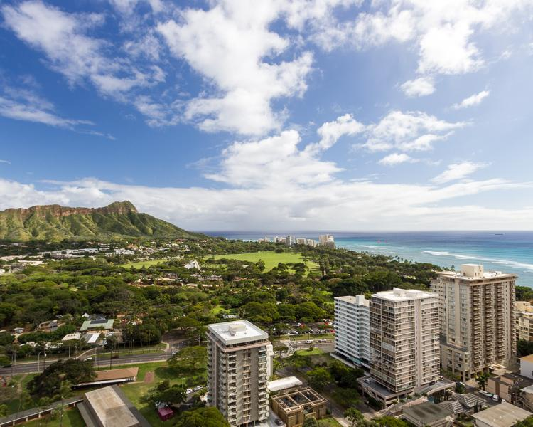 A view of Diamond Head that may be seen from the lanai. - Waikiki Sunset 1.5 Bed Suite 3314 - Waikiki - rentals
