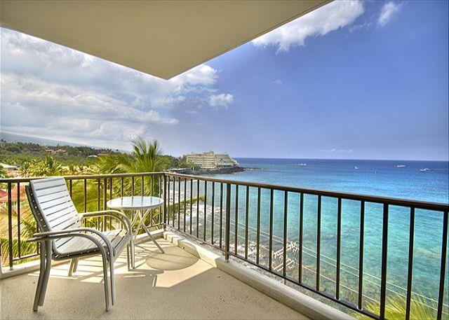 2 bedroom 2 bath Ocean front Penthouse, great Ocean views, right down town - Image 1 - Kailua-Kona - rentals