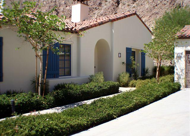 Front View - Luxury La Quinta Villa Mountain View - La Quinta - rentals