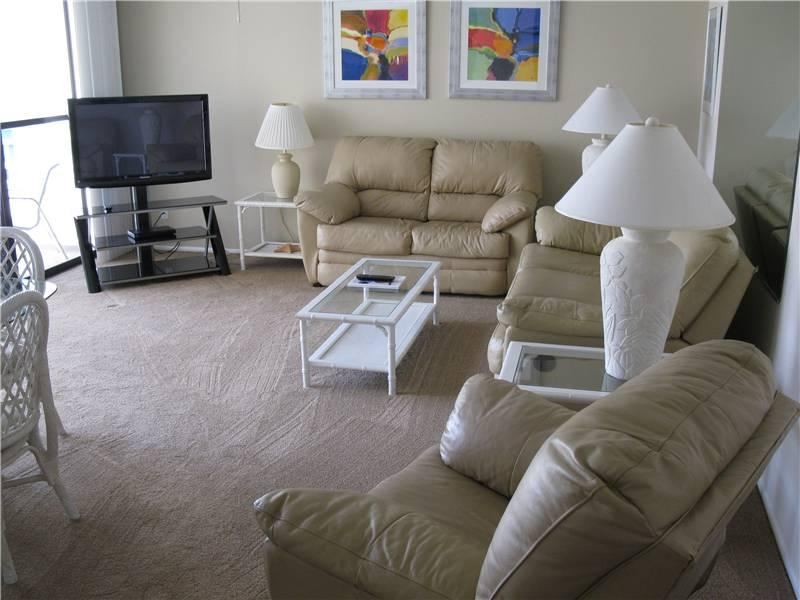 Tranquil Gulf Side 2BR with TV/DVD, balcony #404GS - Image 1 - Sarasota - rentals