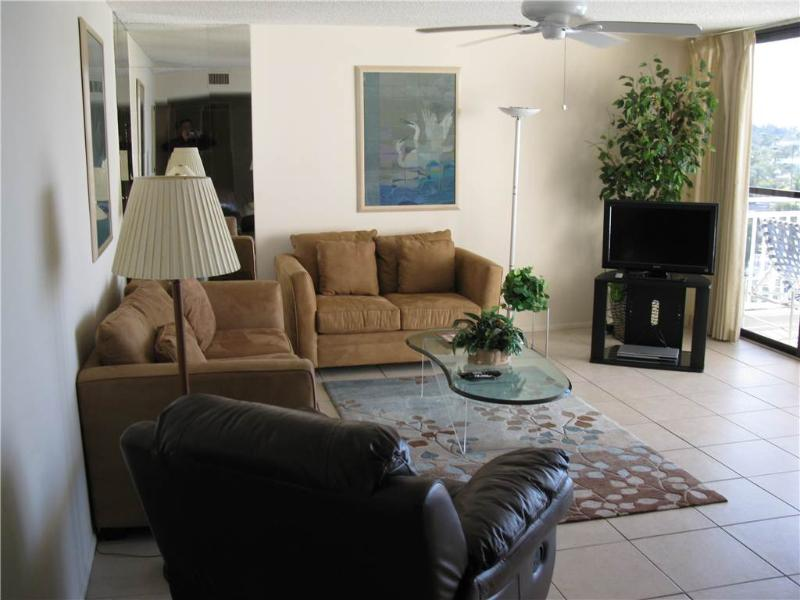 Relaxing Gulf View 2BR with balcony #411GV - Image 1 - Sarasota - rentals