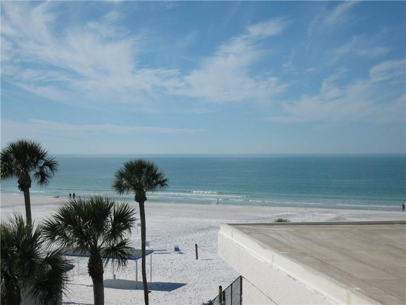 Stylish Gulf Front 2BR WITH King & Queen beds #413GF - Image 1 - Sarasota - rentals