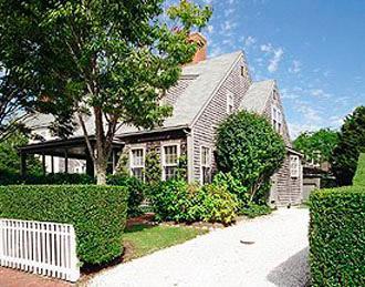2 Bedroom 2 Bathroom Vacation Rental in Nantucket that sleeps 5 -(9359) - Image 1 - Nantucket - rentals