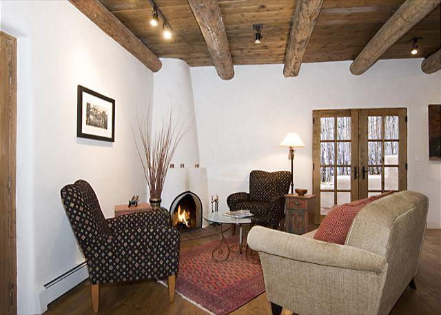 Old Santa Fe Charm - Image 1 - Santa Fe - rentals
