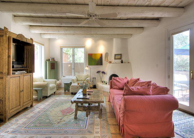 Old Santa Fe Trail Contemporary - Image 1 - Santa Fe - rentals