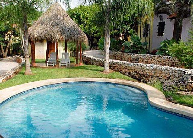 Pool and rancho - Affordable 2BR condo with internet and A/C. Easy walk to the beach - Tamarindo - rentals