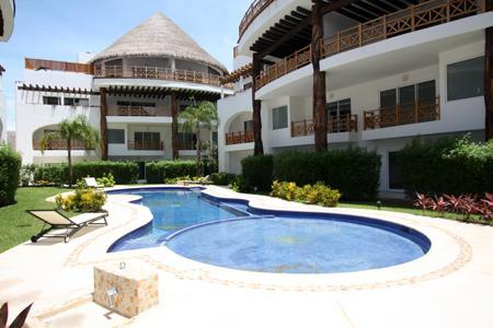 Quadra Alea Pool - Delightful Contemporary Caribbean Condo -Cheel 101 - Playa del Carmen - rentals