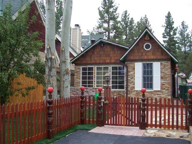 """Ahhhdorable"" Vintage Cabin - Image 1 - Big Bear Lake - rentals"