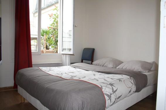 Great 1BR with terrace in the theatre District Rue - Image 1 - Paris - rentals