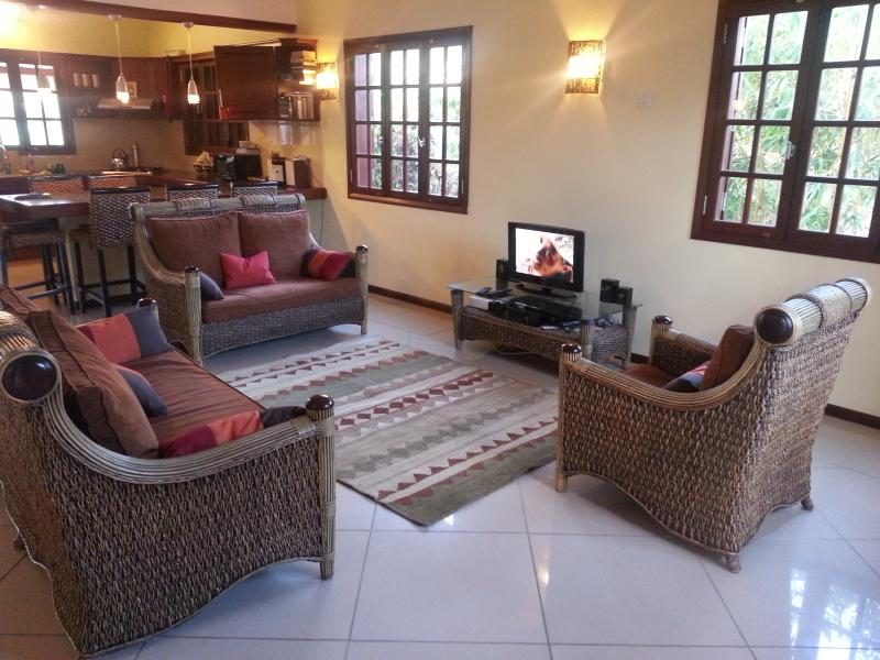 lounge with mountain view - TOP NOTCH - Tamarin - rentals
