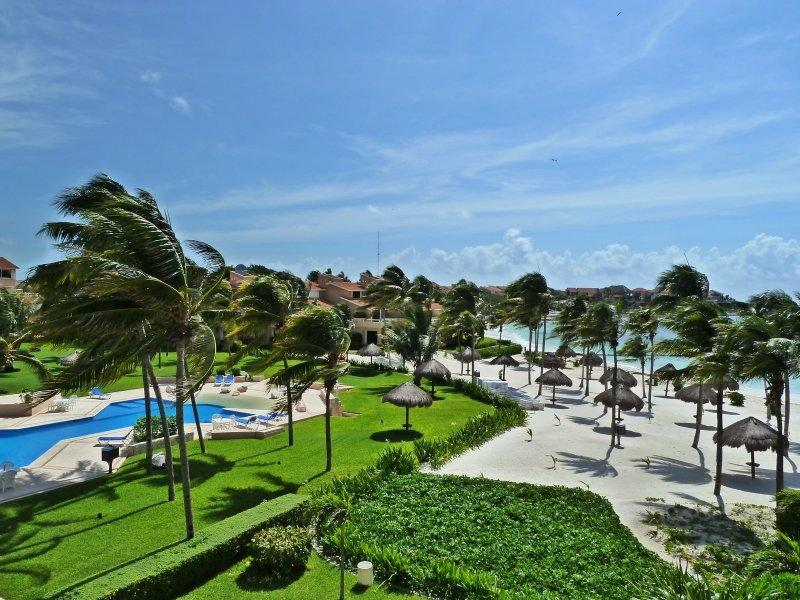 Villas del Mar 1 - Pool beach - Villa Mariavilla VDM E-403 wonderful PH beach view - Puerto Aventuras - rentals
