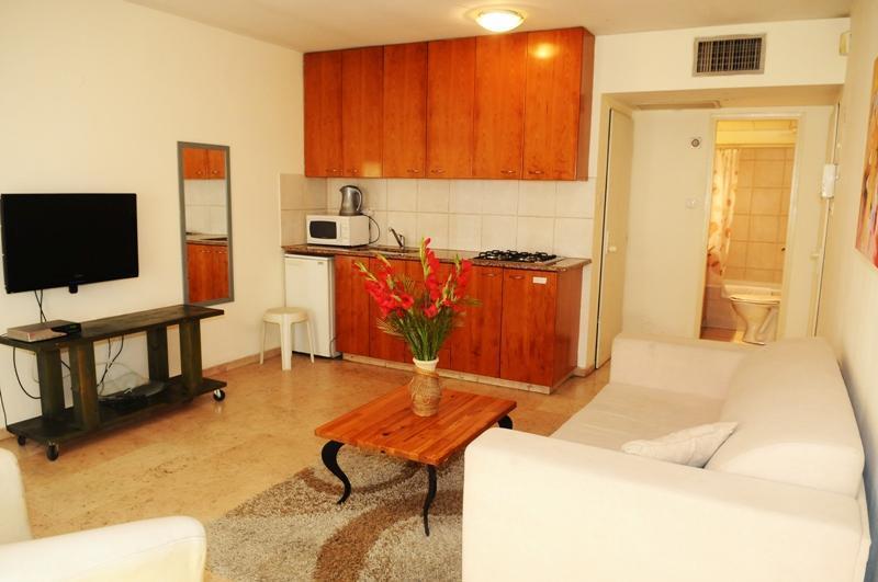 51 - At Tel Aviv Dizengoff Beach Vacation Apartments - Tel Aviv - rentals