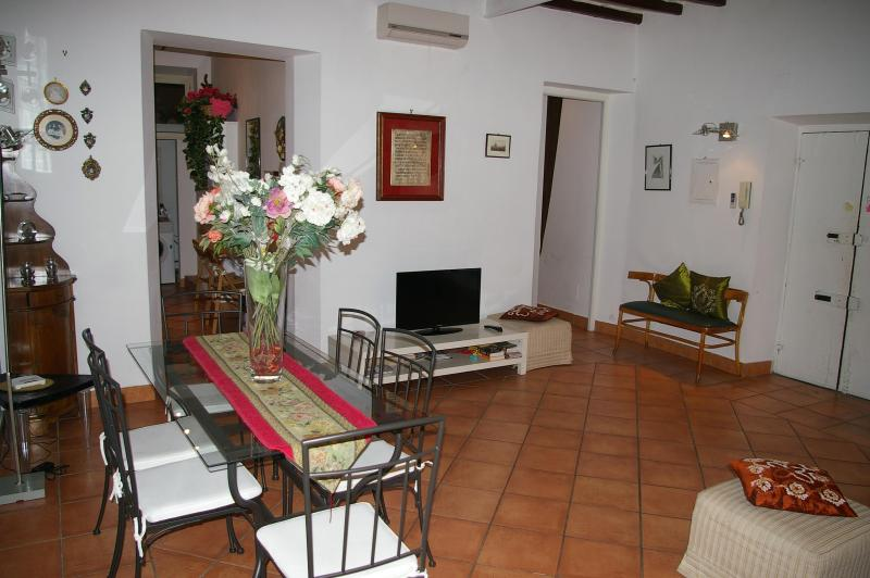 living-room - Apartment Le Carrozze - Spagna Step - Wifi - Rome - rentals
