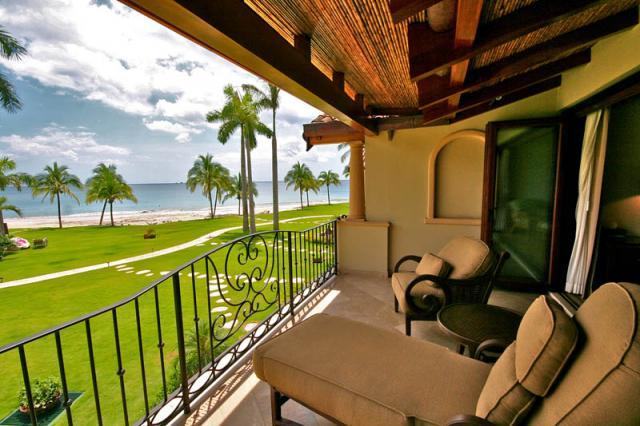 2nd floor balcony with ocean views - The Palms Condo 26 - Playa Flamingo - rentals
