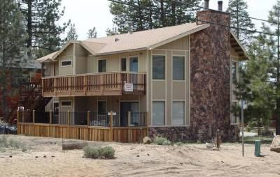 4030 Azure Ave, ENTIRE UPSTAIRS - BEST DUPLEX IN TOWN BY THE BEACH & GONDOLA - South Lake Tahoe - rentals