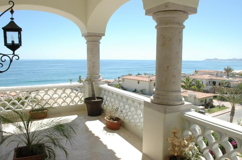 Master Terrace amazing! - Marvelous Condo in Beachfront Community. - San Jose Del Cabo - rentals