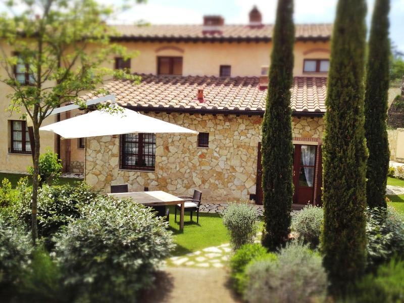 La Casetta del Borgo - Private Garden - Tuscany Villas La Casetta del Borgo San Gimignano - San Gimignano - rentals