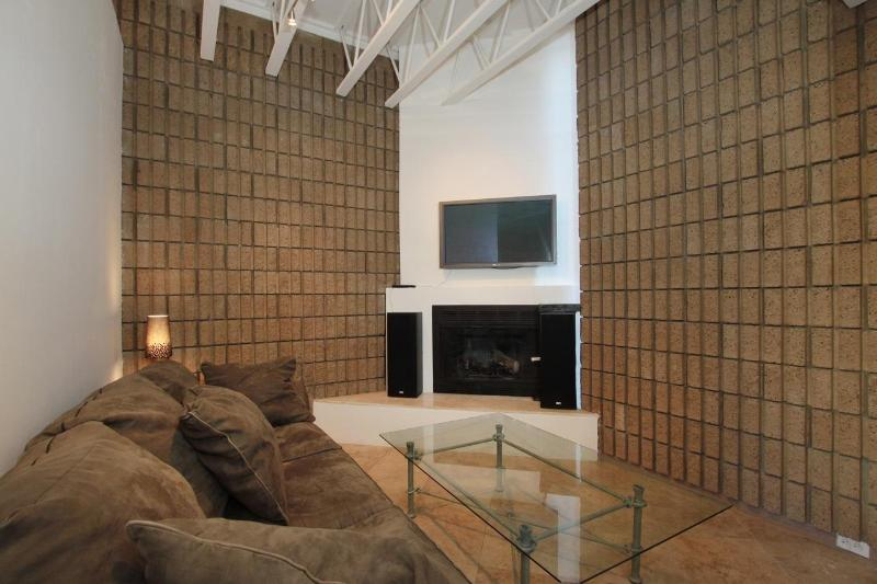 shows smal lpart of big open living room - Pacific Beach 3 bed Home - Pacific Beach - rentals