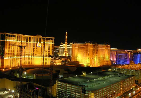 View Pic taken from Balcony - Rental by Owner Direct-Signature 1BD2BA FEBSPECIAL - Las Vegas - rentals