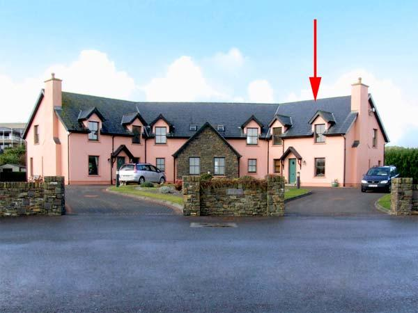 4 GOLFSIDE, family friendly, with a garden in Ballybunion, County Kerry, Ref 2990 - Image 1 - Ballybunion - rentals