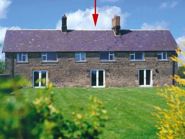BRIAN'S COTTAGE, family friendly, character holiday cottage, with a garden in Alnmouth, Ref 208 - Image 1 - Alnmouth - rentals
