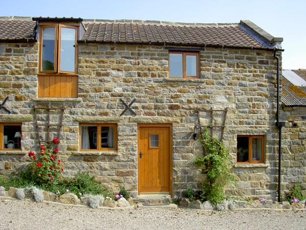HAYLOFT COTTAGE, pet friendly, character holiday cottage, with a garden in Staintondale, Ref 1210 - Image 1 - Staintondale - rentals