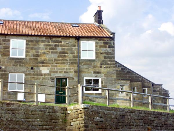 HIGH VIEW COTTAGE, pet friendly, character holiday cottage, with a garden in Glaisdale, Ref 2252 - Image 1 - Glaisdale - rentals
