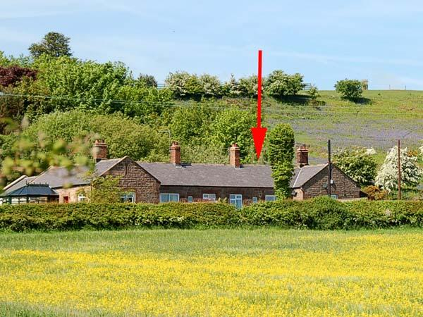PHEASANT COTTAGE, family friendly, character holiday cottage, with a garden in Belford, Ref 2086 - Image 1 - Belford - rentals