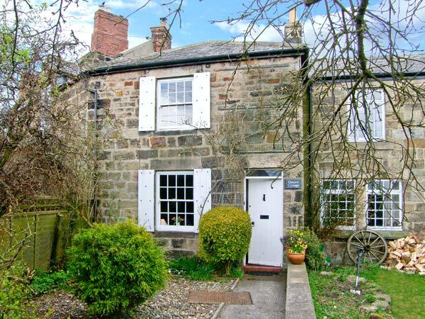 QUINCE COTTAGE, family friendly, character holiday cottage, with open fire in Longframlington Near Alnwick, Ref 2017 - Image 1 - Longframlington - rentals