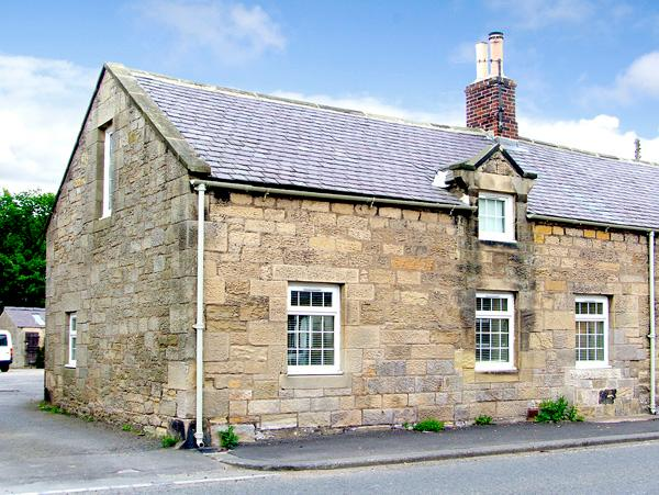 THE FORGE, country holiday cottage in Powburn Near Alnwick, Ref 2557 - Image 1 - Powburn Near Alnwick - rentals